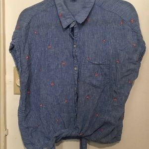 XL Old Navy chambray flamingo top